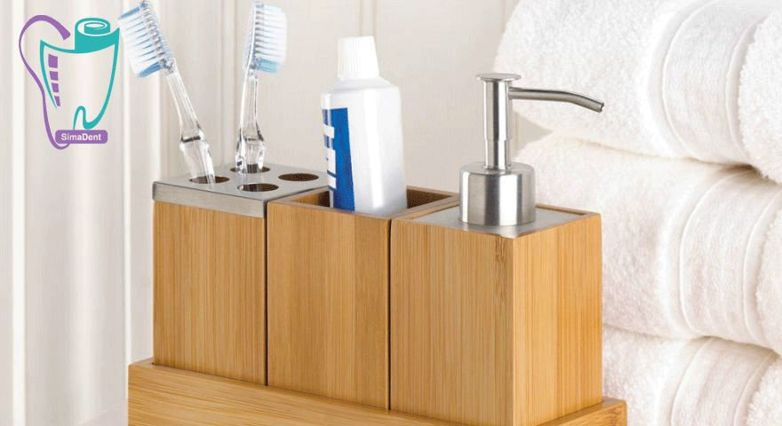 مسواکهایی که در سرویسهای بهداشتی و یا حمام نگهداری میشوند