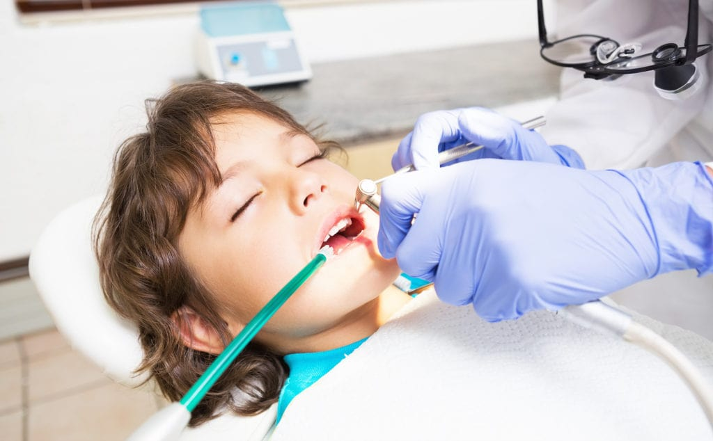 دندانپزشکی کودکان بدون بیهوشی