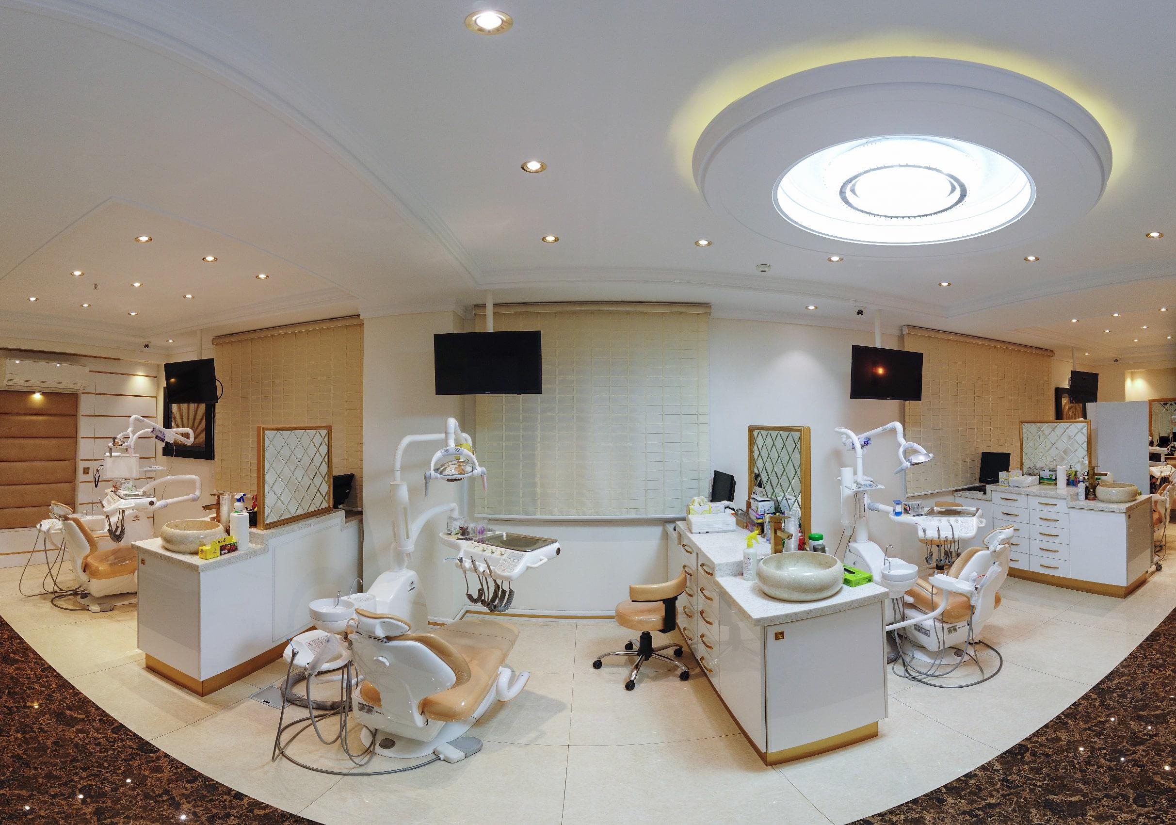 افتتاح کلینیک جدید ارتودنسی و دندانپزشکی دکتر داوودیان در شریعتی